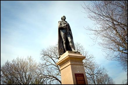 sir-john-a-macdonald-monument