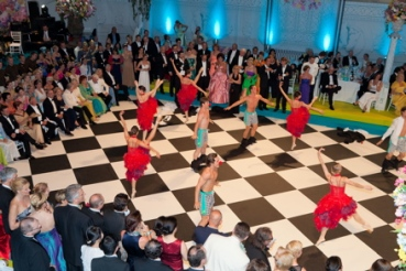 Ballet dancers at Fete Imperiale in Vienna