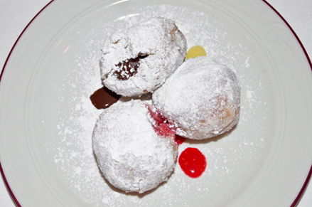 Jelly Doughnuts - Le Bremner Montreal