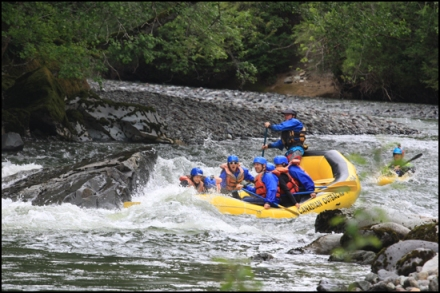 white-water-rafting-squamish-bc